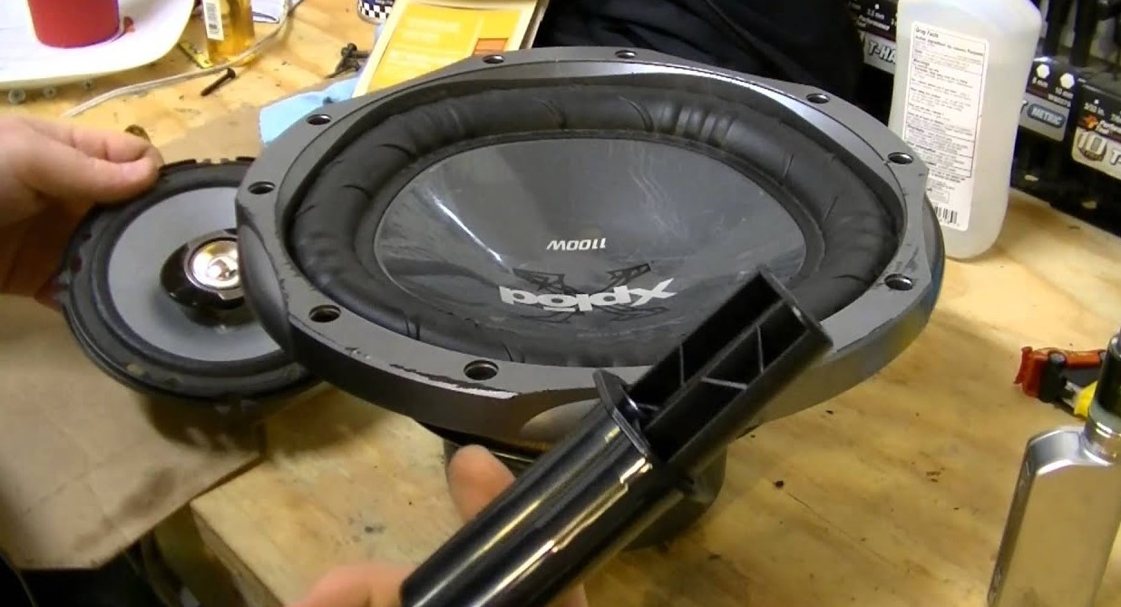 fix-the-repaired-bass-speakers-2